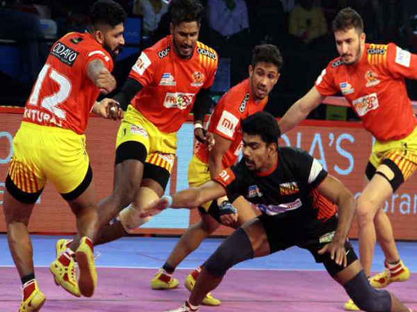 gujarat fortunegiants and bengaluru bulls match ending as draw