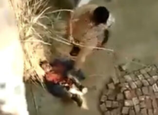 viral-video-shows-cop-mercilessly-beating-a-man-as-he-begs-for-mercy-in-ups-etawah